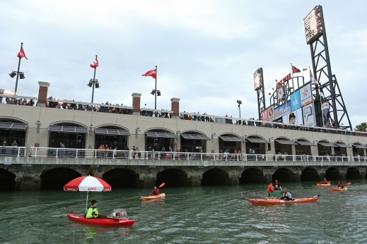 ESPN HOT_DOG_KAYAK_04[1]
